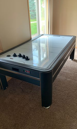 Air hockey table for Sale in Woodbury, MN