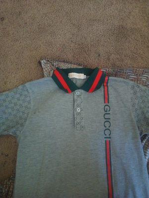 Gucci collar shirt size medium for Sale in Fairburn, GA