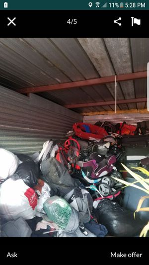 A lot car seat,stroller,tricycle and baby mattress for Sale in Boynton Beach, FL