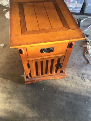 Mission Style End Table for Sale in El Cajon, CA