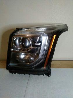 2015–2020 GMC Yukon HID headlight for Sale in Dallas,  TX