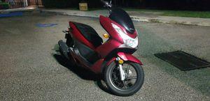 Honda pcx 150cc scooter for Sale in Boca Raton, FL