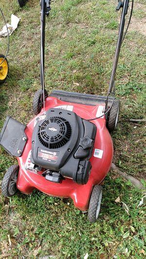 Yard machine 20 inch cut for Sale in Washington, DC