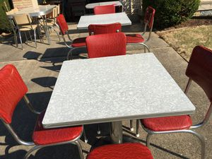 RETRO 4 top chrome pedestal table and 4 chairs for Sale in Natrona Heights, PA