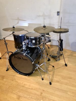 Percussion plus jazz black carbon fiber drum wrapped drum set Paiste cymbals throne pearl bass pedal sticks & key in Ontario 91762 $450 for Sale in Chino, CA
