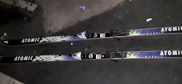 ATOMIC 195 Skiis