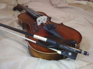 """Violin, solid wood, 20"""" length , Excellent condition for Sale in Grosse Pointe Farms, MI"""
