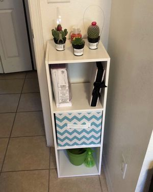 3 box shelves for Sale in El Paso, TX