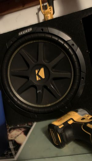 12inch kicker and amp for Sale in San Diego, CA