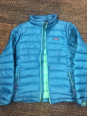 Youth XL Patagonia Jacket. Great for women's S & XS for Sale in Denver, CO