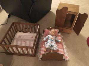 Antique doll furniture set for Sale in Arlington, TX