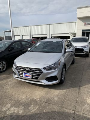2019 HYUNDAI ACCENT SE $100 referral bonus! for Sale in Houston, TX