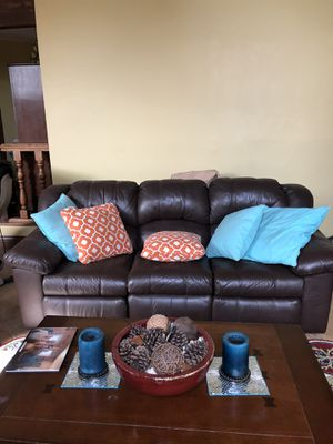 Couch and loveseat very little wear. Bought at R&D for Sale in Temecula, CA