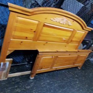 Full \ Queen Wood bed Frame for Sale in Cleveland, OH