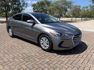 2017 Hyundai Elantra SE for Sale in Hialeah, FL