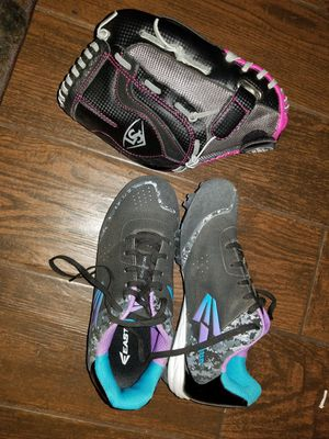 Softball glove and cleats for Sale in Ceres, CA