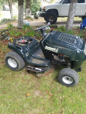 Lawn tractor for Sale in Stanwood, WA