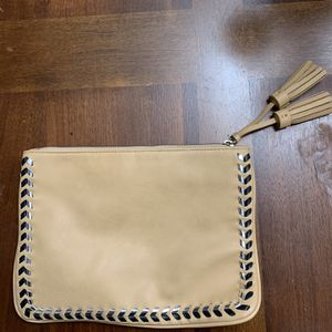 Express Tan Clutch for Sale in Claremont, CA