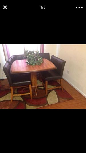 Kitchen Table Set for Sale in Toano, VA