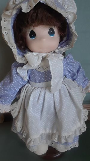 """PRECIOUS MOMENTS DOLLS VINTAGE """"MOMMY I LOVE YOU """" for Sale in Morada, CA"""