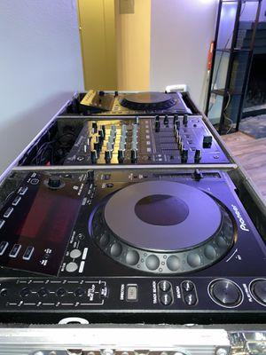 Pioneer CDJ 900 pair DJM 700 for Sale in Auburn, WA