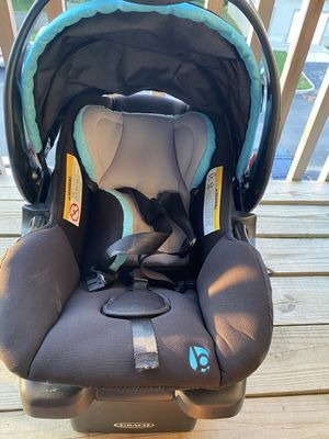 Baby Trend Secure Snap Gear 35 Infant Car Seat for Sale in St. Louis, MO