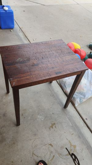 Free sidetable for Sale in Upland, CA