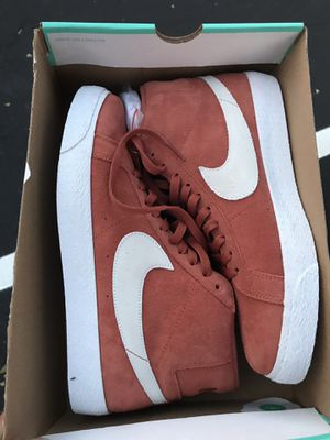 Selling Nike Sb blazer hit top size 9 for Sale in Sunnyvale, CA