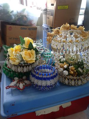 All sorts and sizes of beads and crafts for Sale in Middleburg Heights, OH