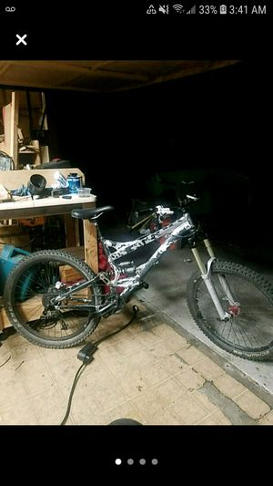 Mountain bike full suspension bicycle for Sale in Pleasanton, CA