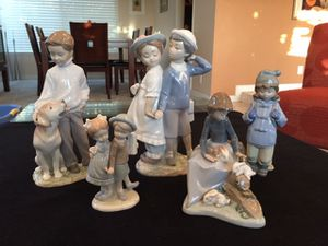 Lladro, Combined figurines. for Sale in Mission Viejo, CA