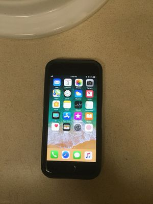 iPhone 8 unlocked for Sale in Columbus, OH