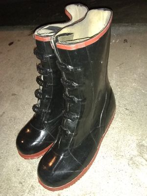 $10! Size 13 rain boots for men good condition for Sale in Orange, CA