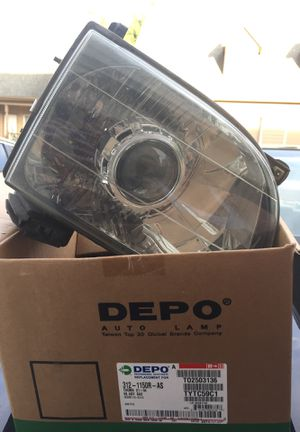 2002 Tacoma headlight for Sale in Portland, OR
