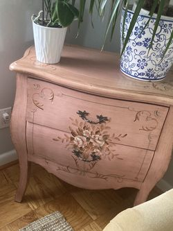 Dresser Antique Pink , Blush for Sale in Washington,  DC