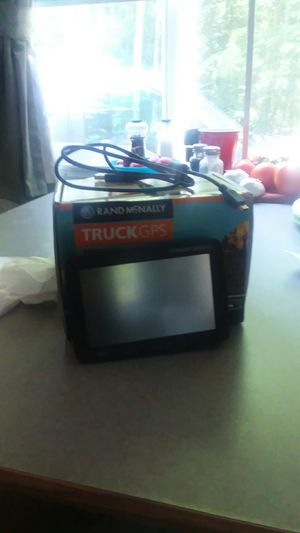 Rand McNally truck GPS model 530 used only 3 months like new condition paid 300.00 asking 110.00 in Wales Massachusetts for Sale in Wales, MA