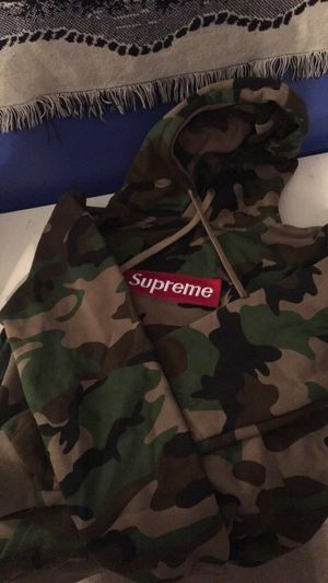 Supreme Camo Hoodie for Sale in Chesterfield, MO
