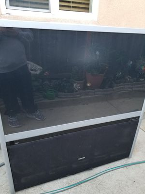 Big az Toshiba tv o.g for Sale in Fremont, CA