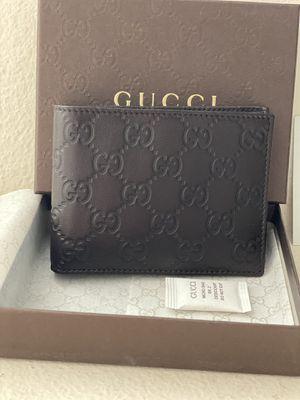 Gucci wallet $210 **authentic** for Sale in Brea, CA