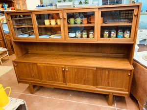 Midcentury modern MCM credenza China cabinet sideboard hutch for Sale in Redland, MD