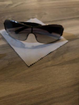 Authentic PRADA Men's Sunglasses for Sale in Cleveland, OH