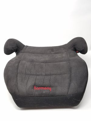 HARMONY Booster seat with washable cover for Sale in Southbridge, MA
