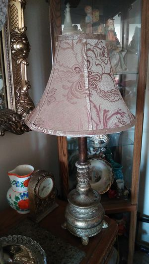 Beautiful lamp for Sale in Natick, MA