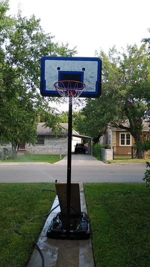 Basketball Hoop for Sale in San Antonio, TX
