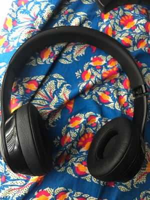 Beats Solo brand new for Sale in Seattle, WA