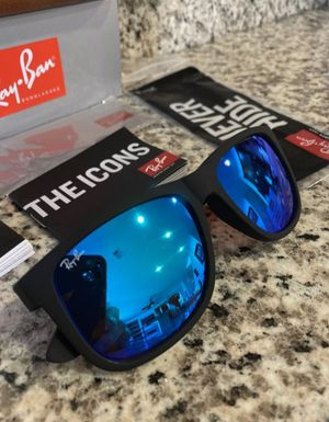 Ray ban Sunglasses for Sale in North Springfield, VA