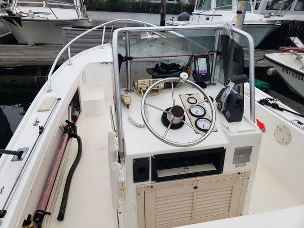 1993 Mako 171 Center console boat w/ Evinrude etec 75hp LOW HOURS