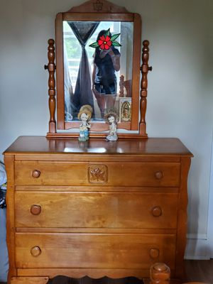 Maple Wood Bedroom Set. for Sale in Tamaqua, PA