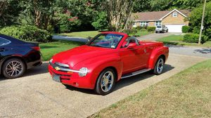 Chevy convertible 2005 SSR Corvette engine for Sale in Virginia Beach, VA