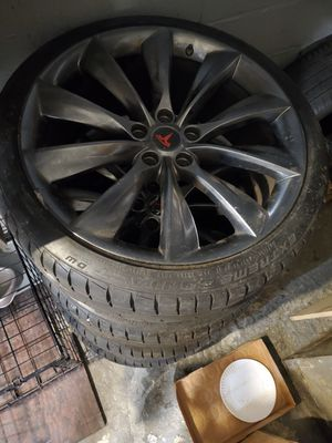 Tesla 21 inch Rims with new tires for Sale in New York, NY